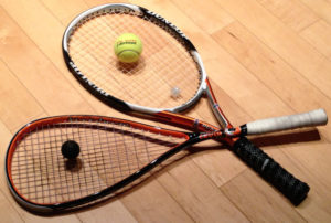 DIFFERENCE BETWEEN A RACQUETBALL RACQUET AND A TENNIS RACQUET